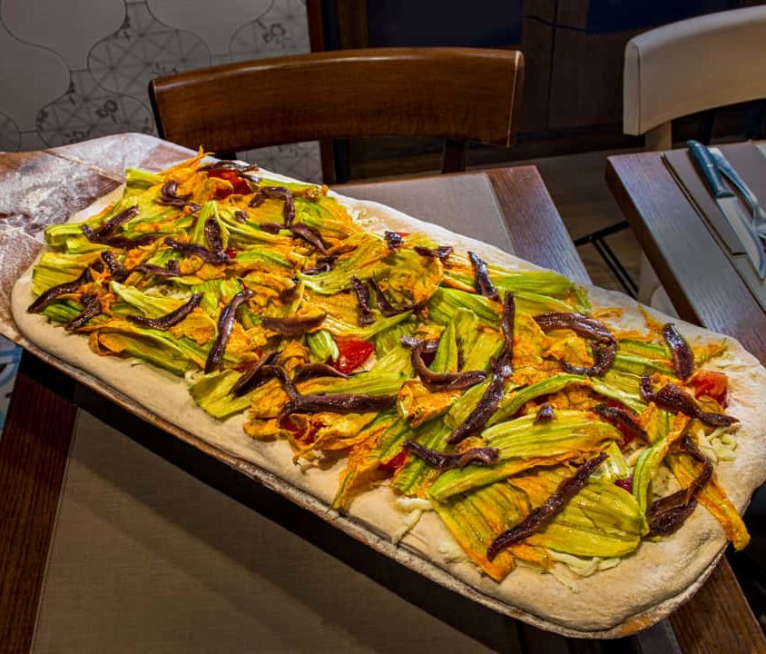 Pizza – Mozzarella, Zucchini Flowers and Anchovies